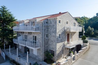 Apartementen Pavo - comfortable with parking space: A1(2+3), SA2(2+1), A3(2+2), SA4(2+1), A6(2+3) Cavtat - Riviera Dubrovnik
